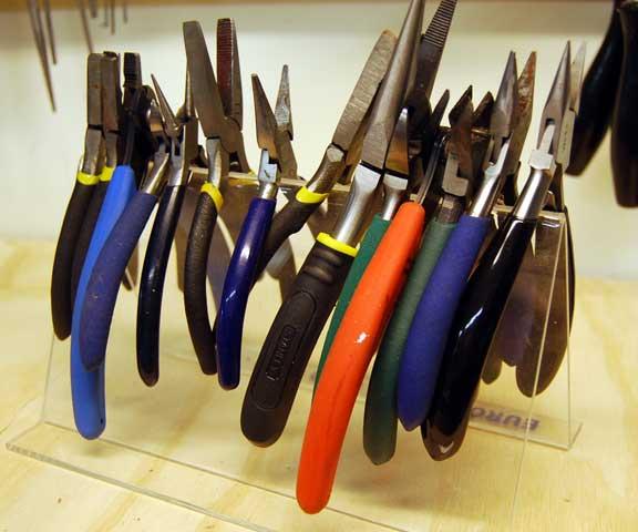 Storage-pliers